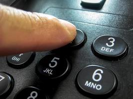 tastiera del telefono dito
