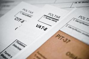 moduli di imposta sul reddito in bianco foto