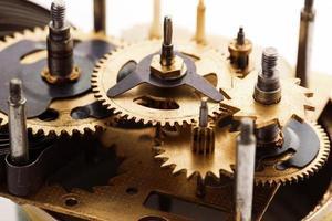 sfondo di tecnologia con ingranaggi in metallo e ruote dentate foto