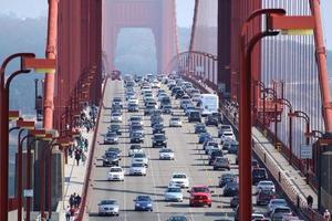 traffico nelle ore di punta foto