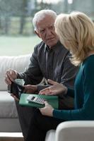 superare le difficoltà finanziarie foto