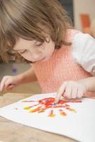 bambina dipinto foto