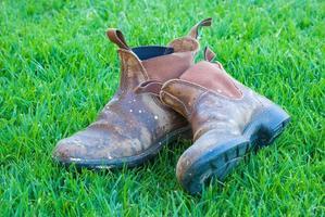 vecchi stivali da lavoro