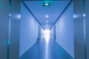 corridoio dell'ufficio foto