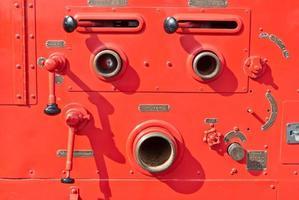 vecchio dettaglio vintage dell'autopompa antincendio foto