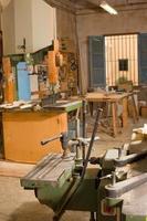 laboratorio di falegnameria foto