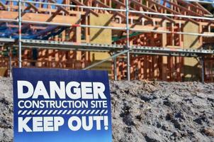 segno del cantiere di pericolo foto