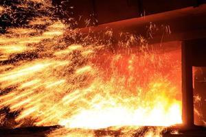 officina siderurgica foto