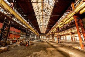 sala di distribuzione di elettricità nell'industria metalmeccanica