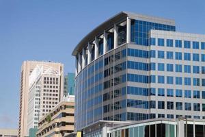 edifici per uffici moderni foto