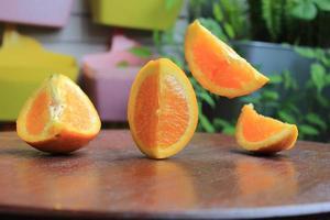 arancione volante 2 foto