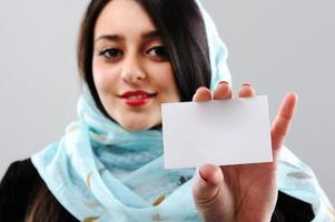 ritratto di donna mediorientale