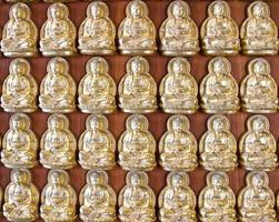diecimila buddha d'oro foto