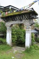 dipinti sul monastero buddista a Sikkim, maggio 2009, India