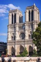 facciata di notre dame de paris, francia foto