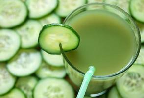 frullato di succo di verdura foto