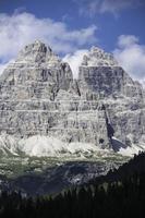 fare un'escursione nelle Dolomiti un'esperienza per tutti gli organi sensoriali foto