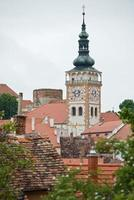 il campanile della chiesa di mikulov, repubblica ceca
