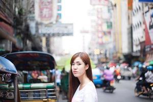 ragazza asiatica di bellezza foto
