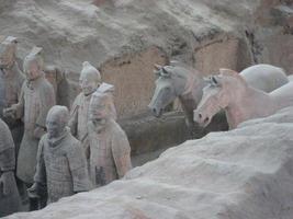 esercito di terracotta di qin shi huang, primo imperatore cinese foto