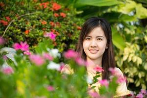 ritratto bella ragazza asiatica foto
