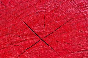 struttura di legno verniciata rossa foto