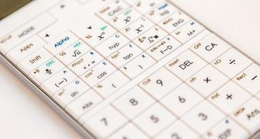 calcolatrice scientifica moderna
