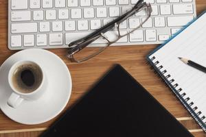 caffè sulla scrivania