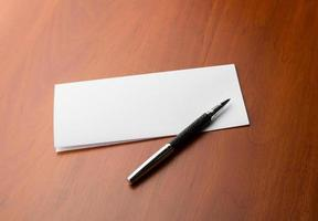lettera e penna foto