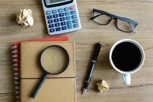 calcolare la contabilità finanziaria delle attività d'ufficio foto