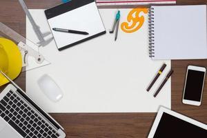 sfondo scrivania con il concetto di idee di progetto di costruzione foto