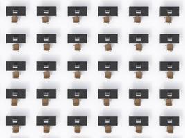 vista dall'alto dei luoghi di lavoro aziendali simmetrici sul pavimento bianco foto