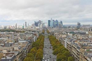 la difesa, Parigi