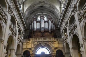 chiesa di saint-paul saint-louis, parigi, francia