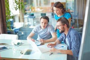 partner commerciali moderni foto