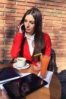lavorando per la pausa caffè foto