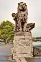 lion ã l'enfant, di georges gardet foto