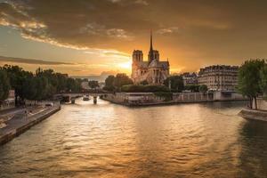 la cattedrale di notre dame de paris, francia foto