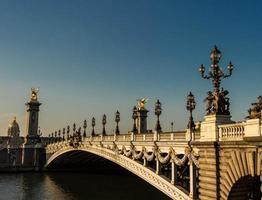 il ponte di alexandre iii, parigi, francia.