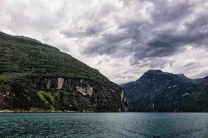 vista sul fiordo di geiranger foto