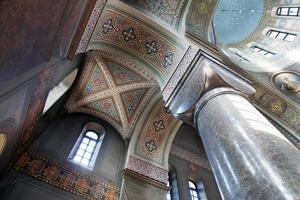 interno della cattedrale uspensky a helsinki foto