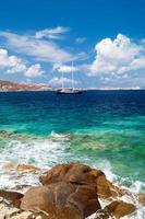 vista panoramica sull'isola di mykonos, grecia foto