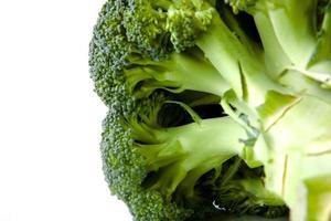 primo piano di broccoli foto
