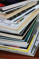 pila di riviste
