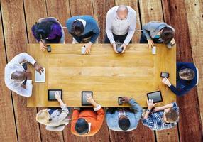 concetto online di tecnologia dispositivo di comunicazione digitale foto