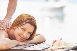 massaggio all'aperto foto