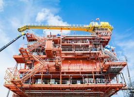 piattaforma di produzione di petrolio e gas foto