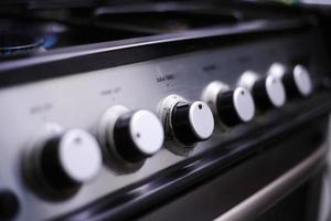 quadranti sul fornello a gas foto