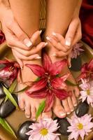manicure e pedicure foto
