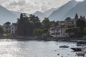 villaggi, lago di como, italia